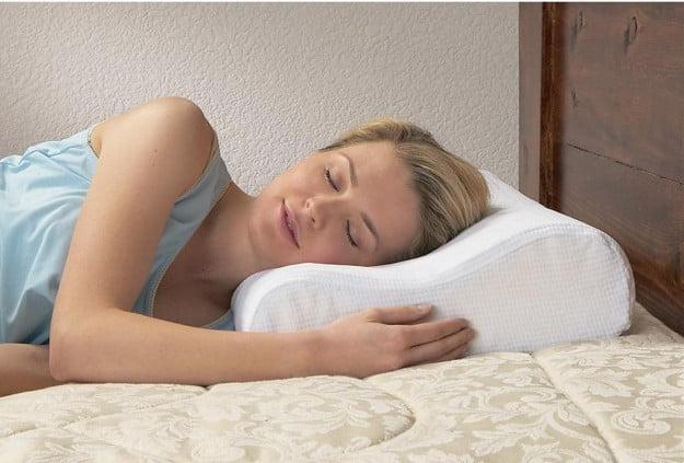 Анатомическая подушка для сна